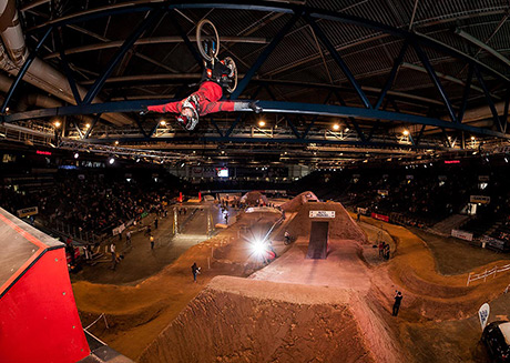 hall_of_dirt_2014_antoine_versaille_flipnohand_by_jan_fassbender