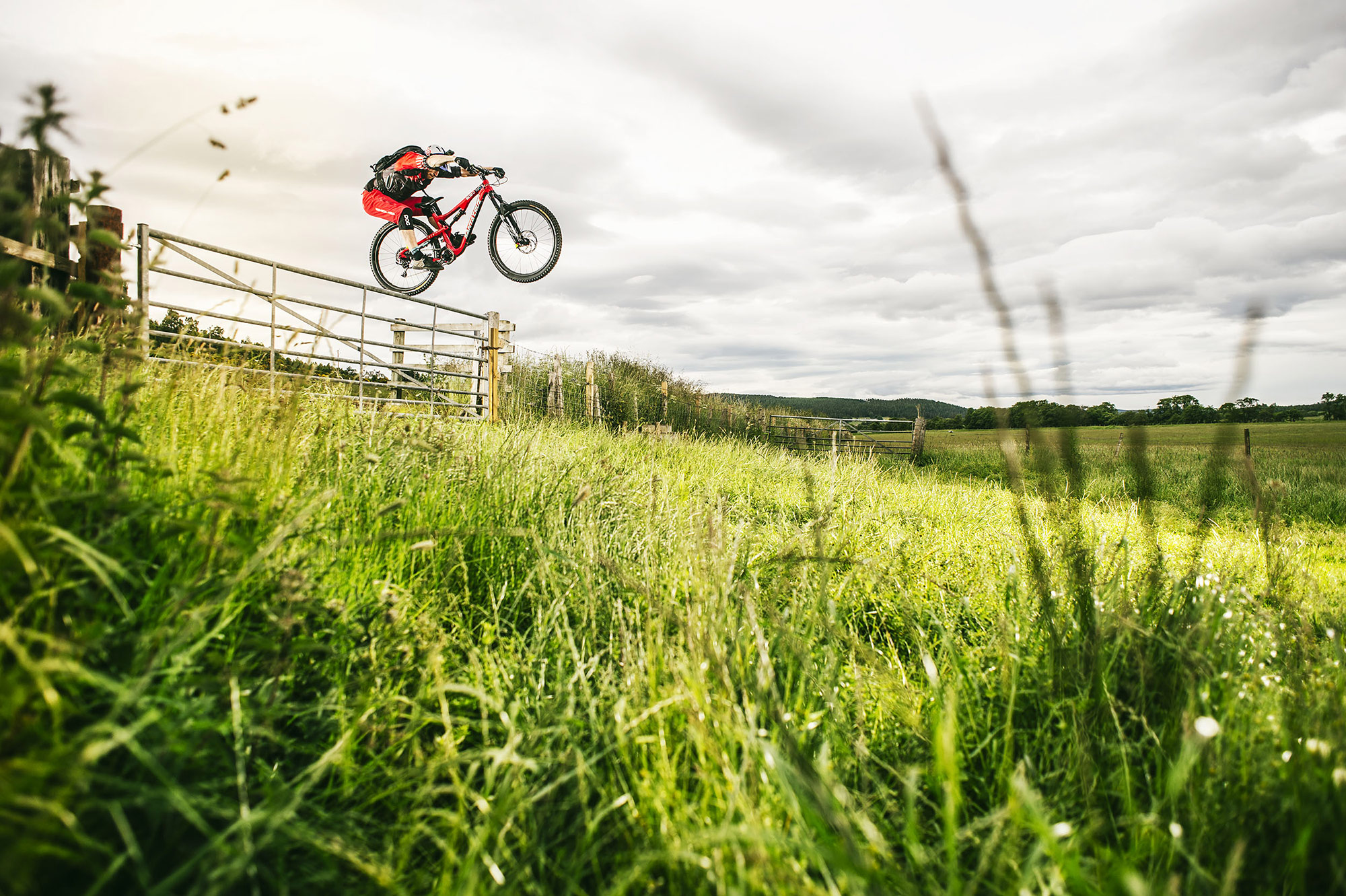 danny_macaskill_03_by_fred-murray-red-bull-content-pool